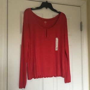 New XL SO Red Ruffle Seam Blouse